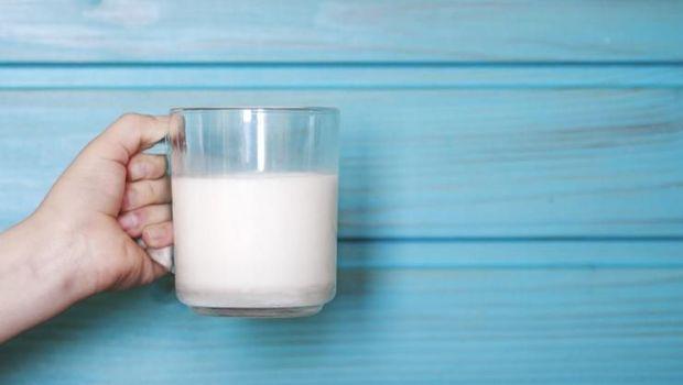 Susu putih.