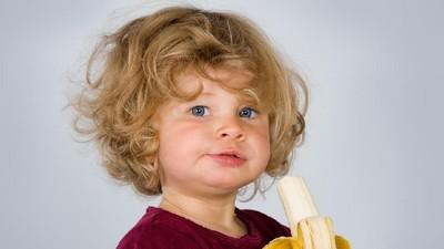 Makan Pisang Bisa Bantu Anak Tidur Lebih Nyenyak?
