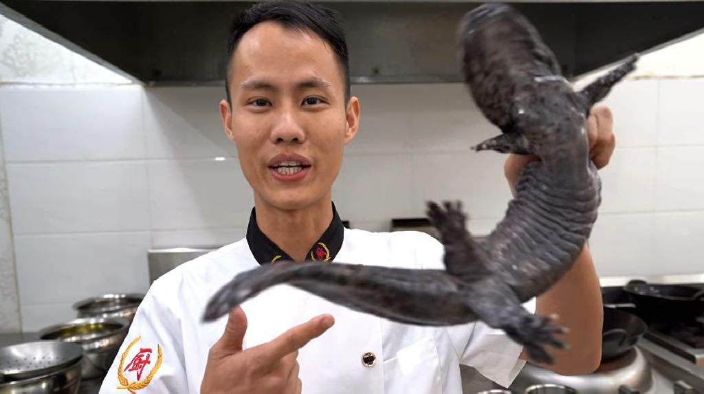 Chef Asal China Dikritik Setelah Masak Salamander yang Nyaris Punah