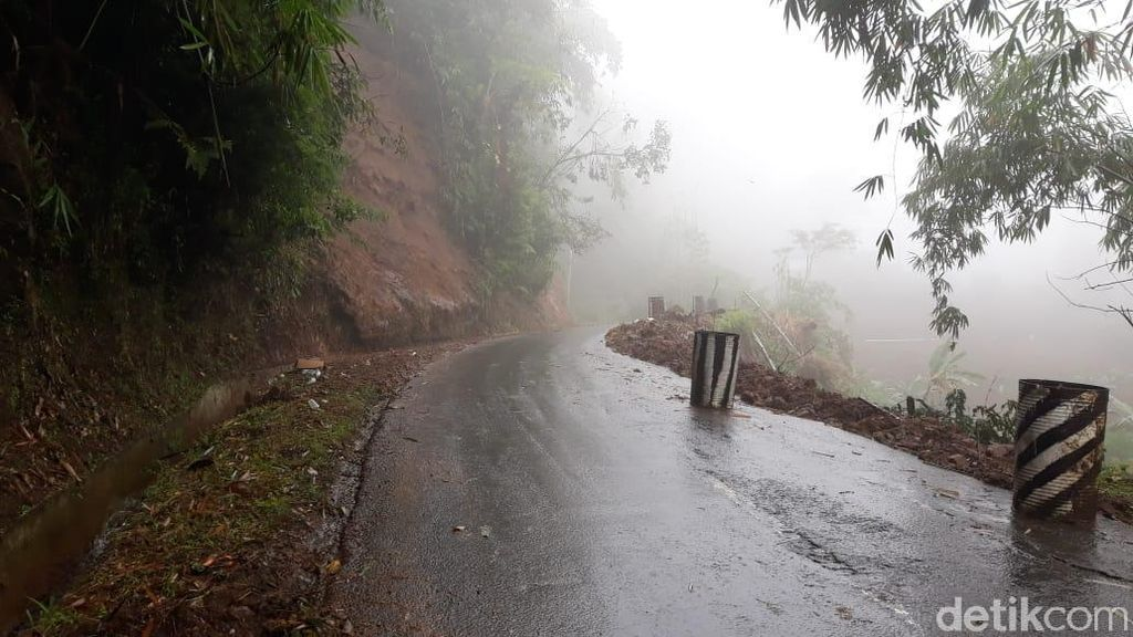 Musim Hujan, Traveler yang ke Dieng Diimbau Jalan alternatif