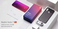 Boks Redmi Note 7 Pro beserta isinya.