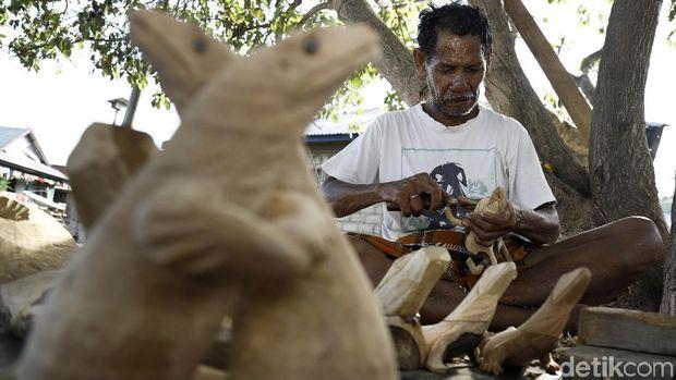 Masyarakat di Pulau Komodo yang bergantung pada suvenir