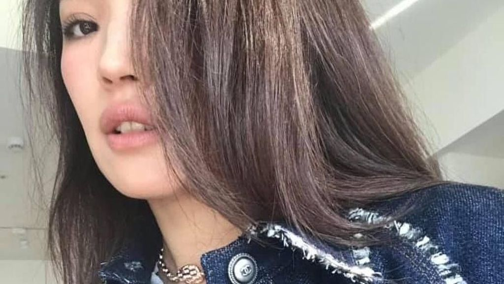 Pesona Shu Qi, Aktris China yang Kesal Karena Fotonya Diedit Jadi Putih