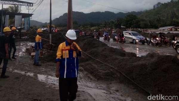 Siapa Gunduli Gunung Cycloop Penyebab Banjir Sentani?