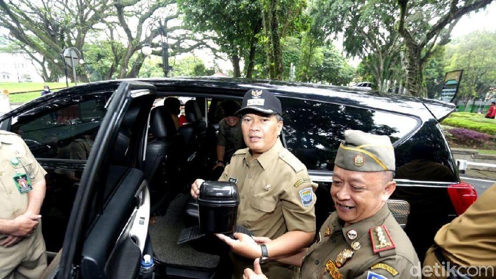 Mobil ke Bandung Tak Ada Tempat Sampah Didenda Rp 500 Ribu, Ini Perdanya