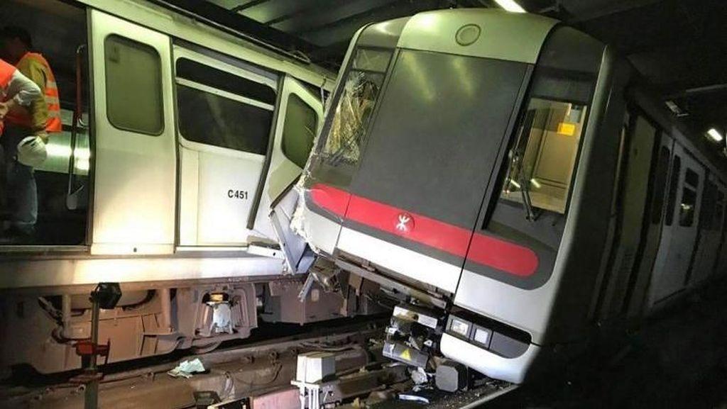 Duh, Dua Kereta MRT Tabrakan Saat Uji Coba!