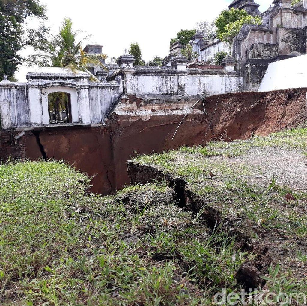 Potret Kerusakan Makam Raja-raja Mataram di Imogiri Akibat Longsor