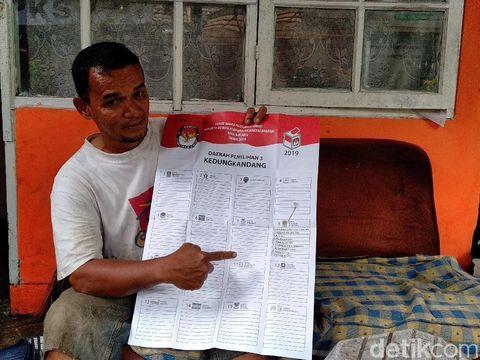 Dwi Hariyadi (46), tukang sampah yang jadi caleg