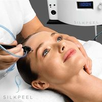 Perawatan dengan teknologi SilkPeel.