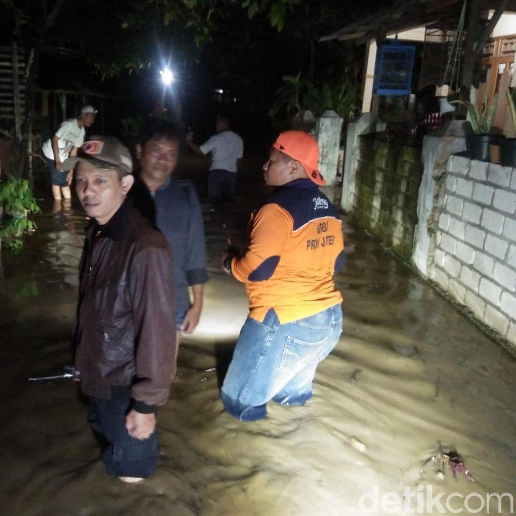 Diguyur Hujan Deras, 5 Desa di Rembang Terendam Banjir