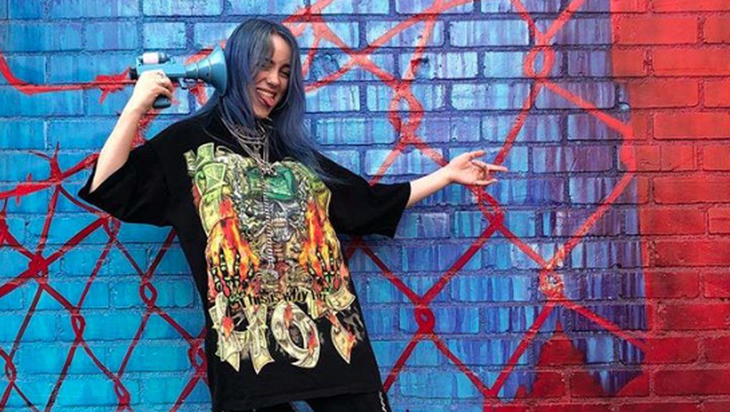 Billie Eilish Bicara soal Album Perdana yang Digarap di Kamar Tidur