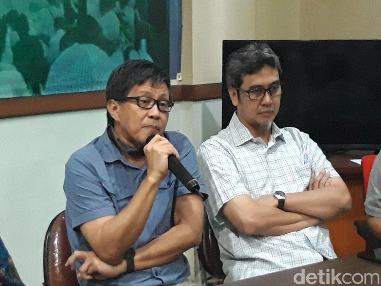 Diskusi Akal Sehat Ditolak Tak Ada Izin, Rocky Gerung: Ngaco Namanya