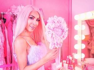 Foto Terlalu Seksi, Bintang Reality Show Ini Diejek Mirip Transgender