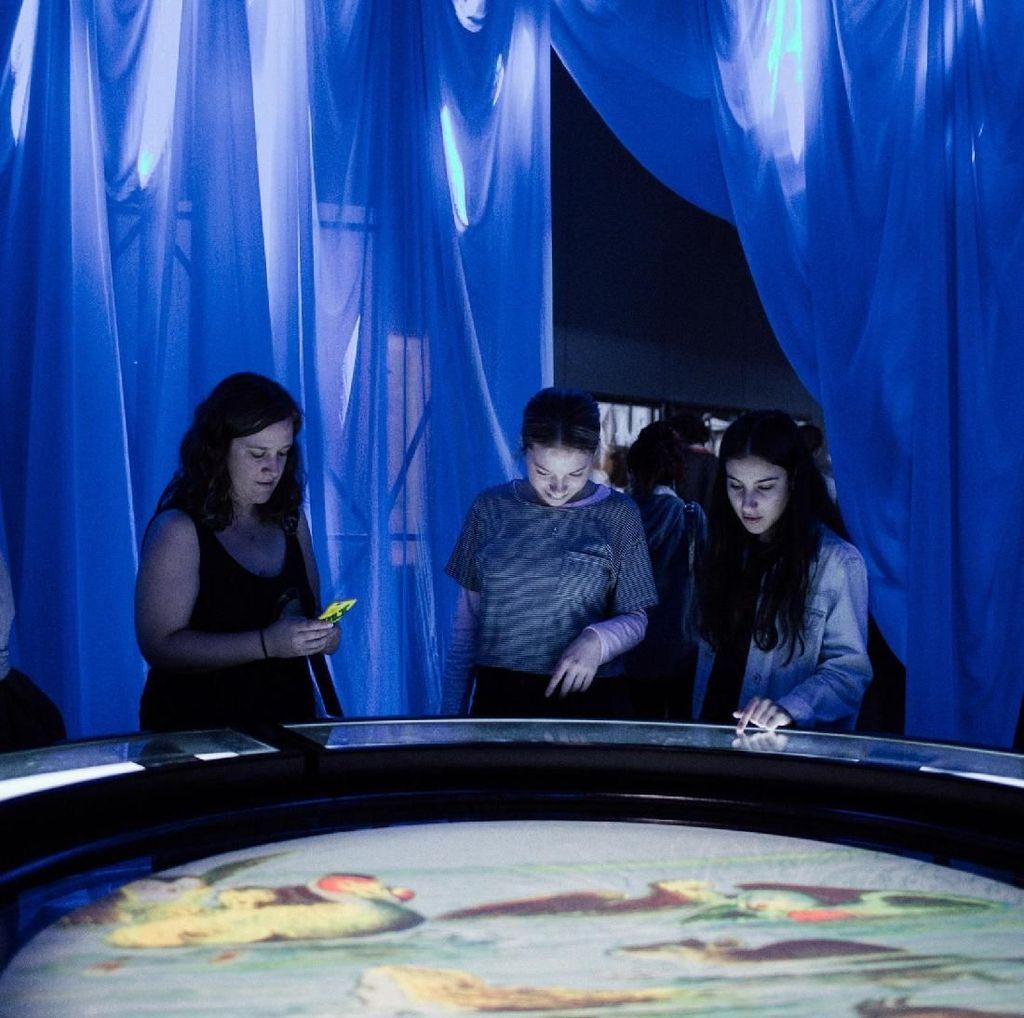 Petualangan Ajaib Wonderland Hadir di ArtScience Museum Singapura