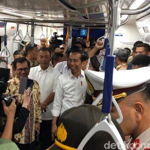MRT Beroperasi, Jokowi Sebut Anies akan Terapkan Jalan Berbayar
