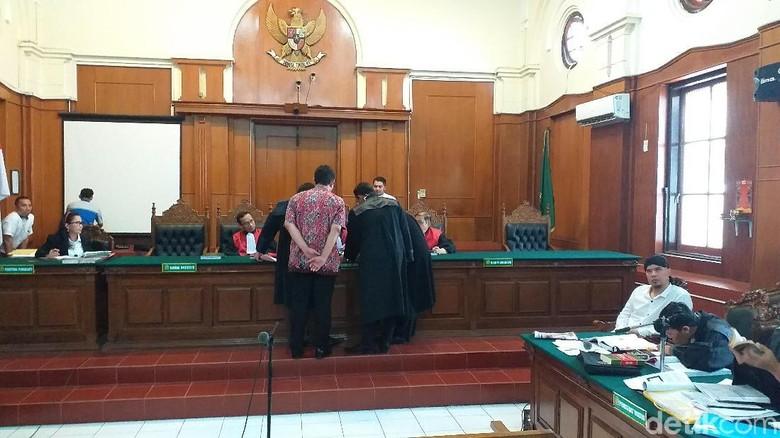 Sidang Idiot Ahmad Dhani, Kuasa Hukum: Saksi Tidak Sesuai Ilmunya