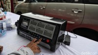 Kegiatan yang diinisiasi Suku Dinas Lingkungan Hidup Jakarta Utara ini, dijelaskannya menguji emisi pada dua jenis kendaraan bermotor roda empat, yaitu berbahan bakar bensin dan solar.