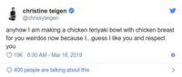 Chrissy Teigen Bilang Dada AyamTak Enak dan Didebat Netizen