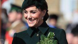 Kate Middleton Dikira Netizen Tak Pakai Bra Gara-gara Bajunya Ini