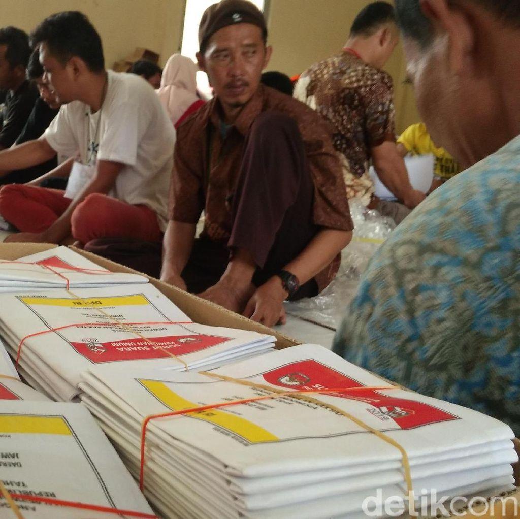 KPU Bandung Barat Cek Ulang 20 Ribu Surat Suara Rusak