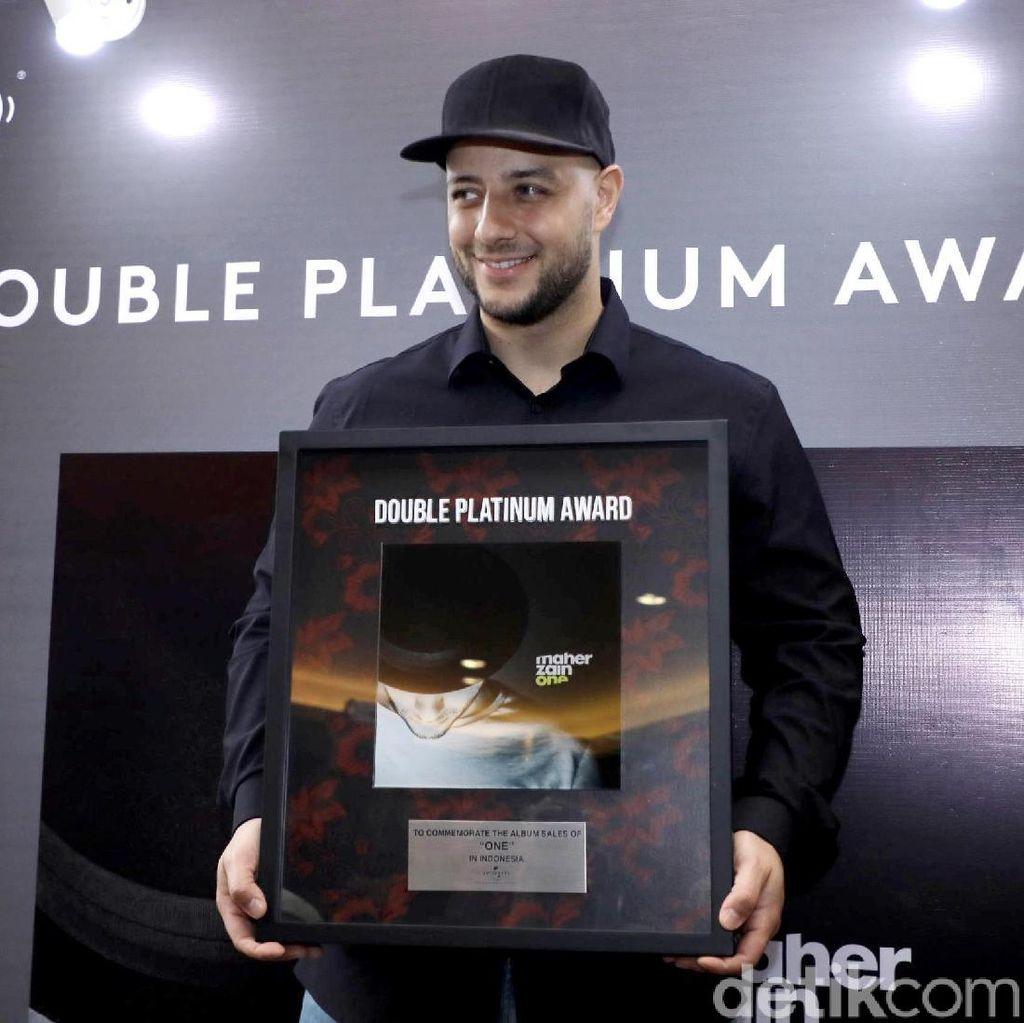 Selamat! Album Maher Zain Raih Double Platinum di Indonesia