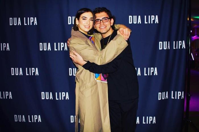 Navid Sole, rich kids of London berpose bersama Dua Lipa. Foto: Dok. Instagram Navid Sole