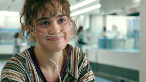 'Five Feet Apart': Sedihnya Tak Bisa Menyentuh yang Dicinta