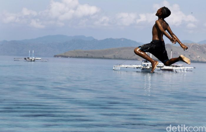 Foto ilustrasi: Anak di Pulau Papagarang, kawasan Taman Nasional Komodo, NTT (Dikhy Sasra/detikcom)