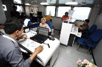 Melihat Layanan Bank Terapung Satu-satunya di Kepulauan NTT