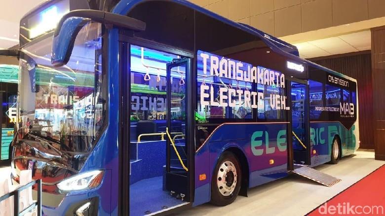 Bus Listrik Foto: Luthfi Anshori
