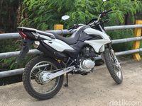 Suzuki DR150.