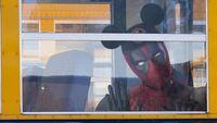 Sambut Merger Disney-Fox, Deadpool Tampil Bertopi Mickey Mouse