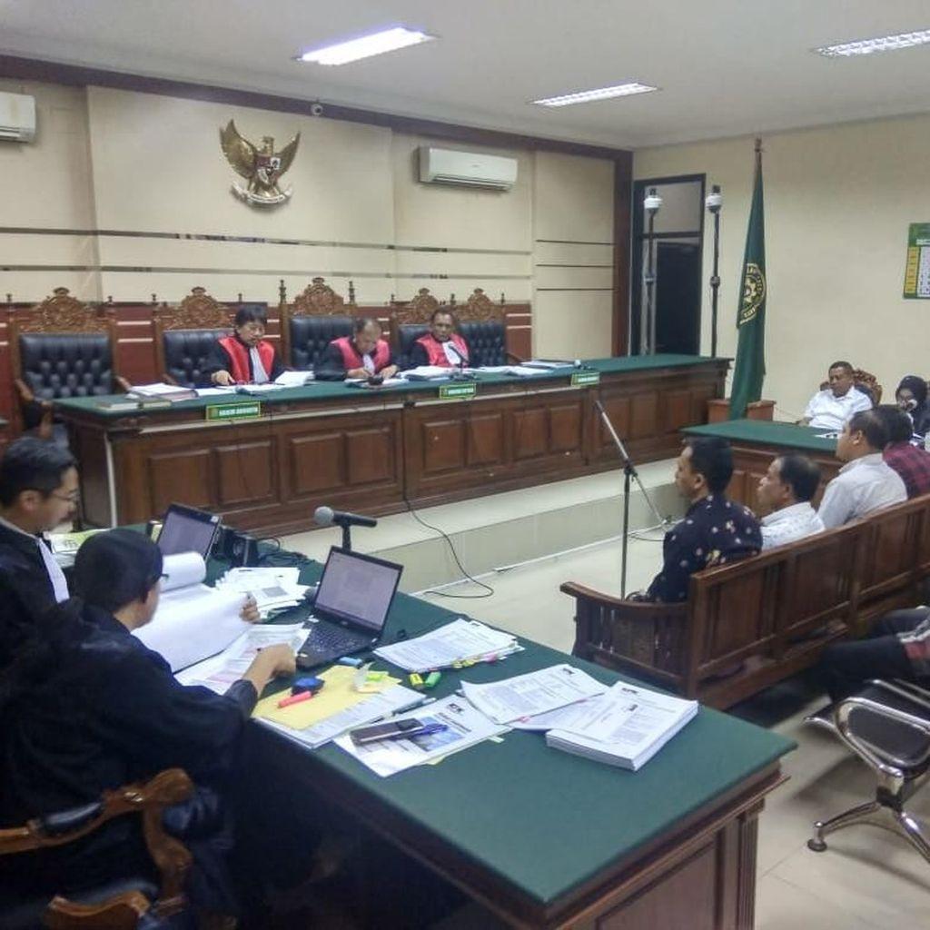 5 Terdakwa Kasus Korupsi Bupati Nonaktif Mojokerto Dituntut Berbeda