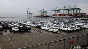 Ekonomi Global Gonjang-ganjing, Ekspor Toyota Tertekan