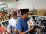 Sandiaga Belanja di OK OCE Mart Cakung: Bukti Tak Gagal di DKI
