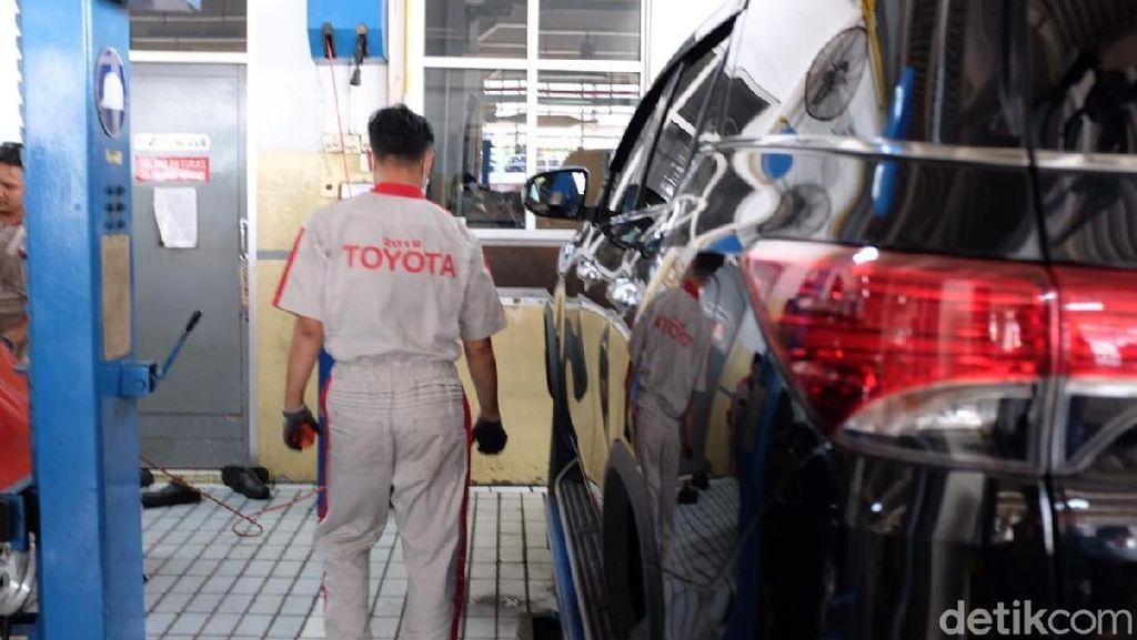 Servis Mobil Jadi Tulang Punggung Pendapatan Diler