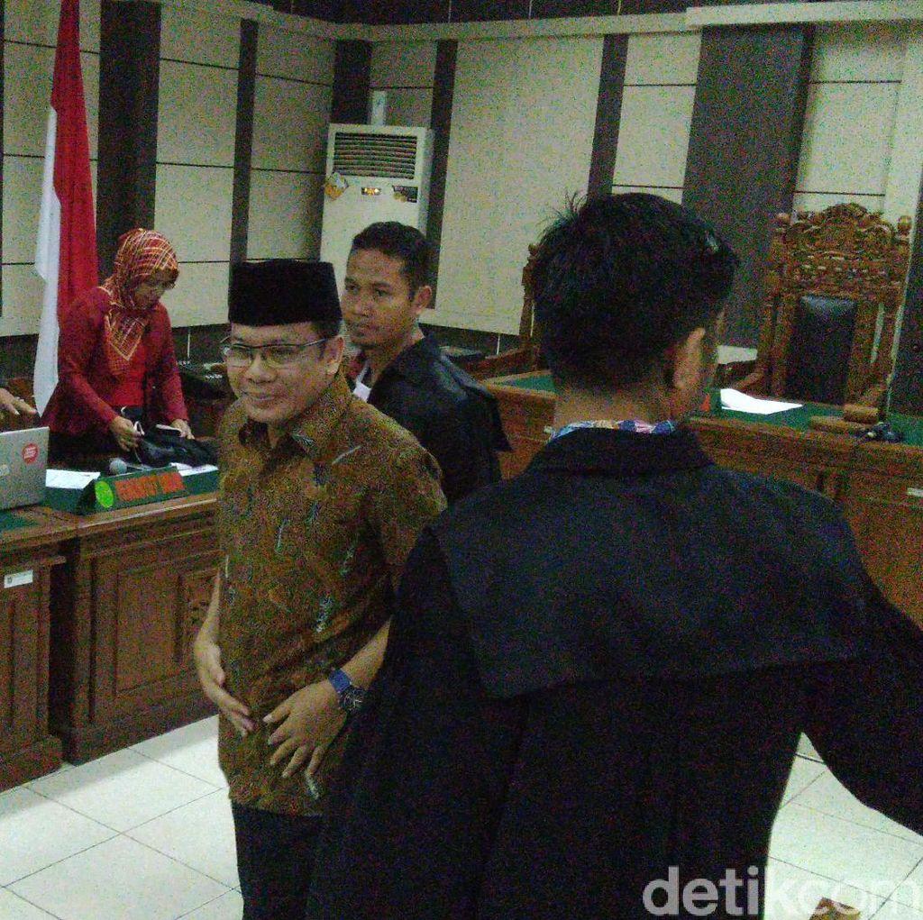 Jaksa Sebut Ada yang Ingin Saksi Kasus Taufik Kurniawan Ubah Keterangan