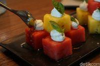 Watermelon Chill sebagai hidangan pembuka di Vong Kitchen Jakarta.