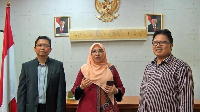Rektor UIN Syarif Hidayatullah Jakarta Amany Lubis