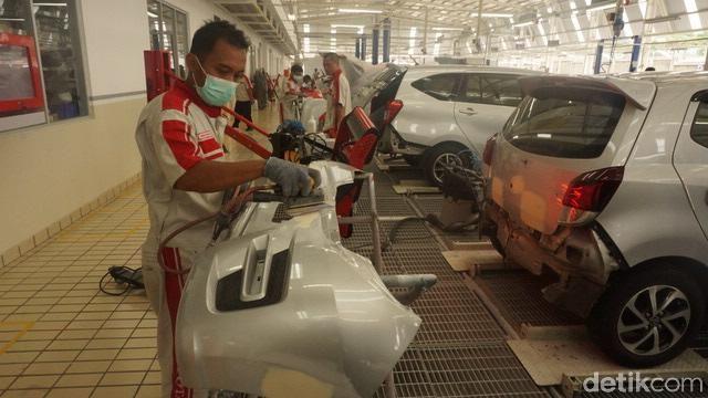 Bengkel Body & Paint Auto2000 8 Jam di Malang