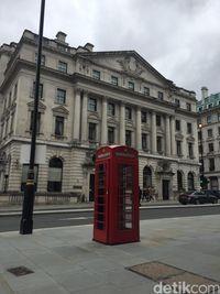 Telephone booth yang ikonik (Ken Yunita/detikcom)