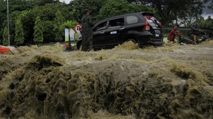 Penampakan banjir hari kelima di Sentani, Jayapura (Foto: Antara Foto)
