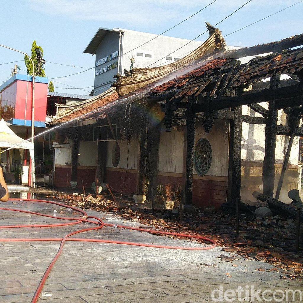 Jejak Bangunan Kong Tik Soe di Tay Kak Sie yang Hangus Pagi Tadi