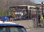 Bus Penuh Anak Sekolah Dibakar Sopir yang Marah di Italia