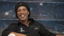 Batal Tur di Palembang, Ronaldinho Manggung di GBK?