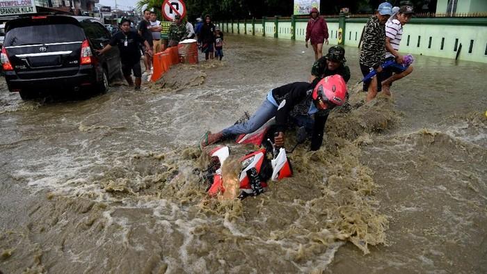 Banjir bandang di Sentani, Jayapura. (Foto: Antara Foto)