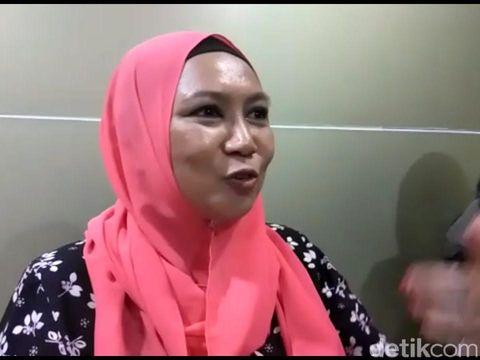 Penumpang Malaysia, Azzura/