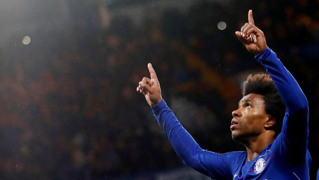Willian Ingin Bertahan, tapi Chelsea...