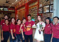 Plesetan Makanan dalam Bahasa Jawa hingga Penjual Bakmi Cantik di Pluit