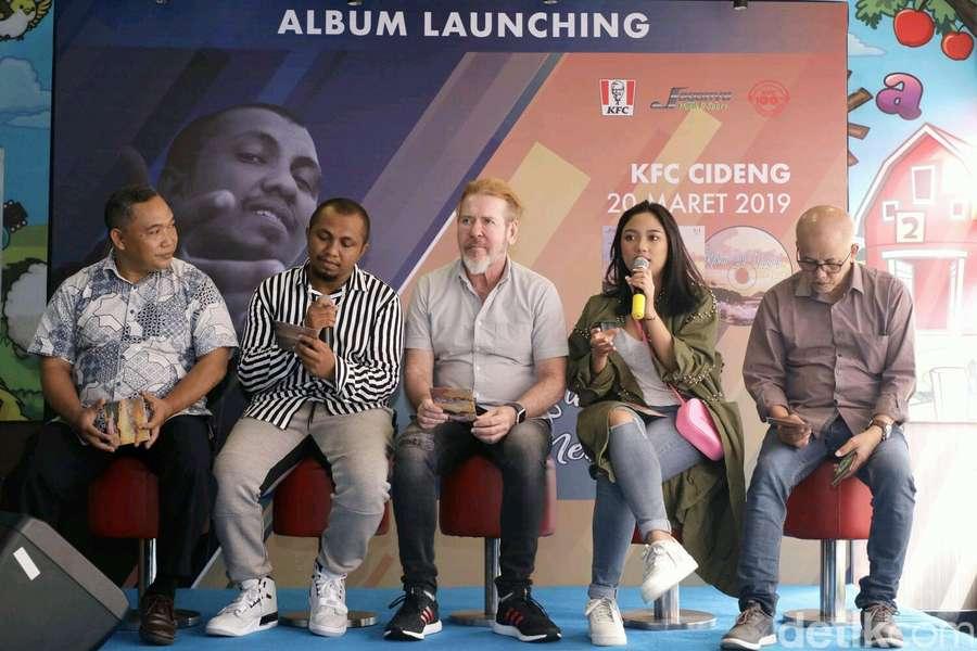 Kolaborasi Marion Jola dan Near di Album Karna Su Sayang